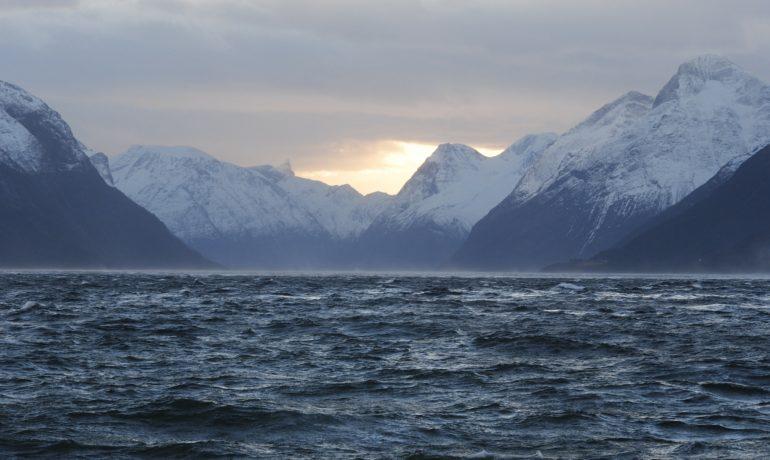 hjrundfjorden-269967_1920
